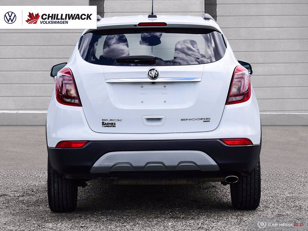 Pre-Owned 2018 Buick Encore Preferred 1.4L 6SPD AUTOMATIC | *LOW KM'S, ONE OWNER!* | KEYLESS ENTRY, WIFI HOTSPOT, BACK UP CAMERA