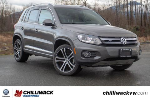Pre-Owned 2017 Volkswagen Tiguan Highline